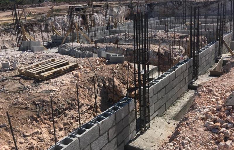 Anguilla home under construction concrete blocks and steel